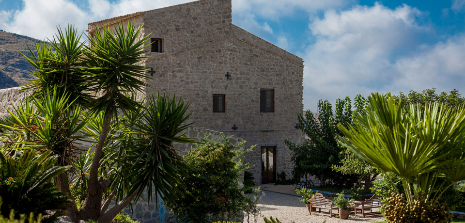MASSERIA AGNELLO - luxury boutique hotel in Realmonte Sicily