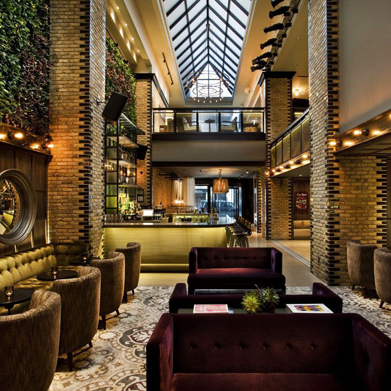 Top 10 best boutique hotels in chicago tablet hotels for Tablet hotels chicago