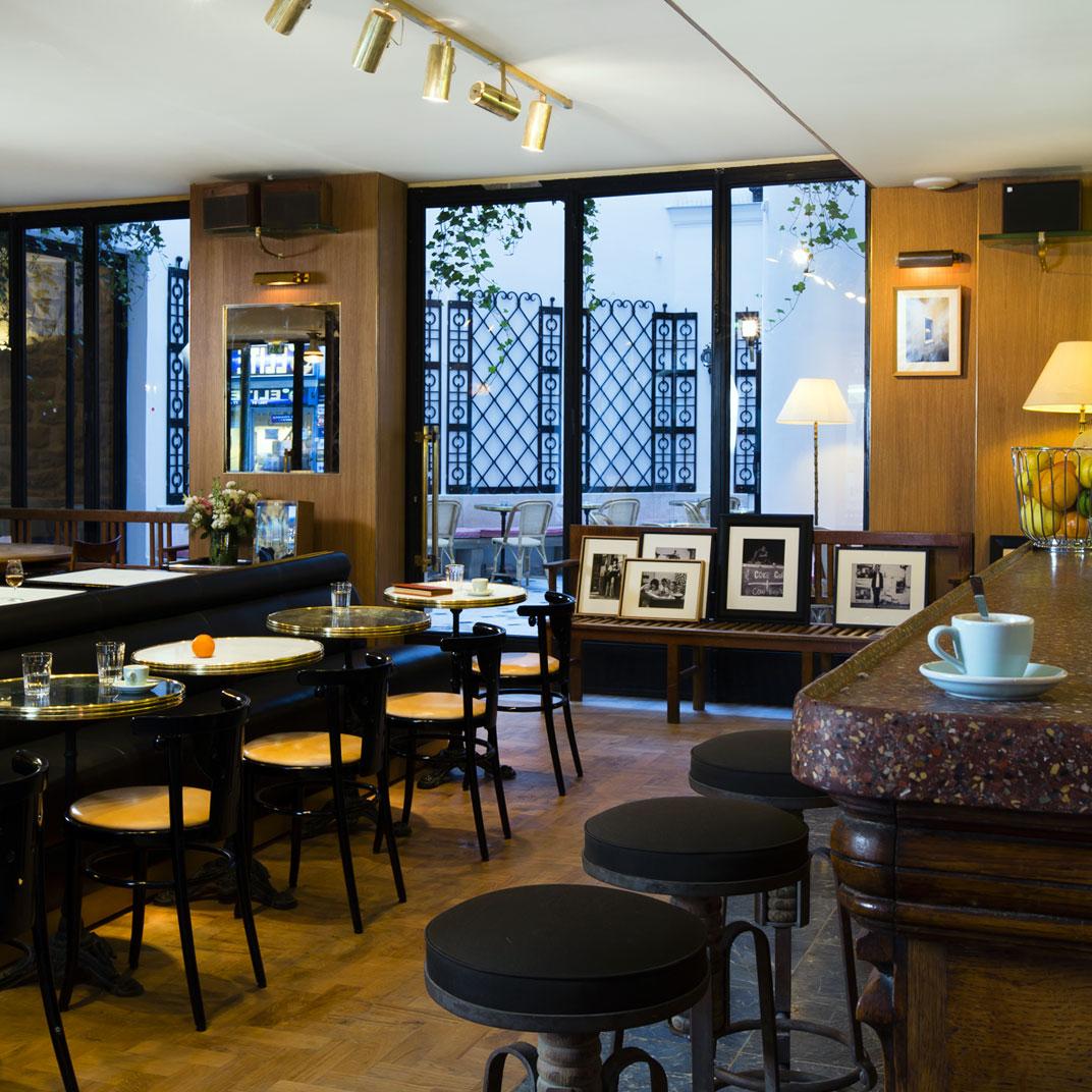 Grand amour hotel paris france 41 verified reviews tablet hotels - Hotel grand amour paris ...