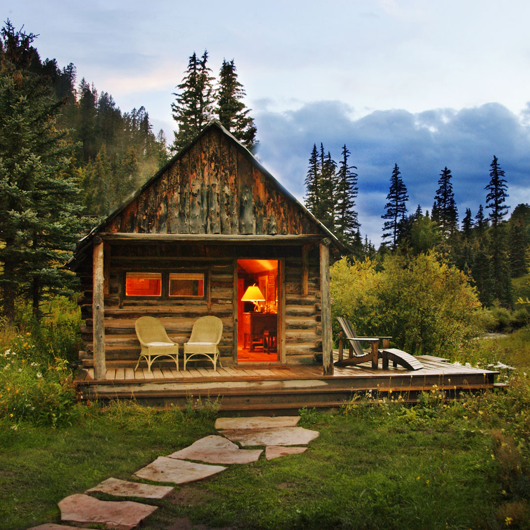 for accommodations springs rent chico at hot cabins montana