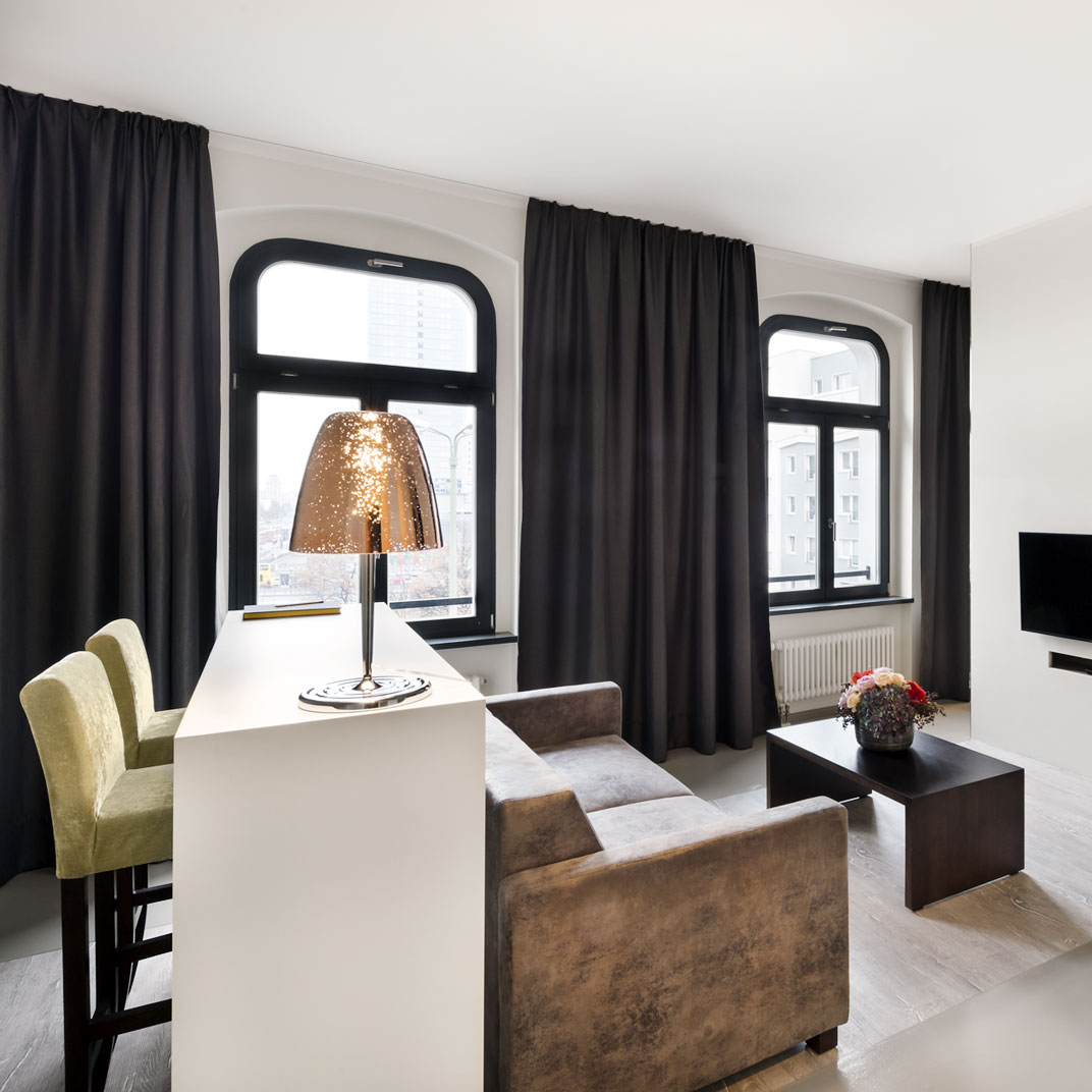 lux 11 berlin germany 121 hotel reviews tablet hotels. Black Bedroom Furniture Sets. Home Design Ideas