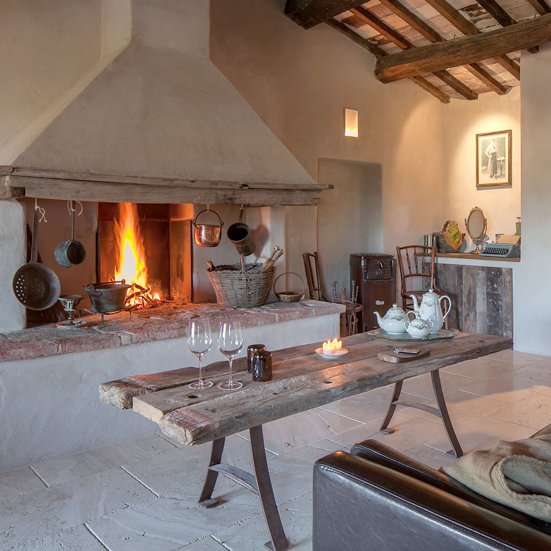 Follonico suite b b siena tuscany 12 hotel reviews for Tablet hotel