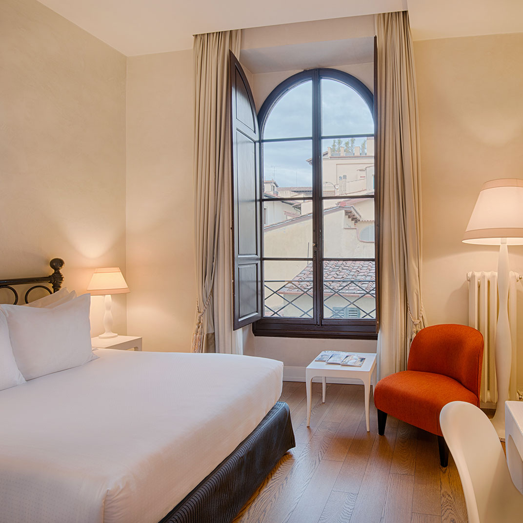 Nh collection firenze porta rossa florence tuscany 30 for Tablet hotel