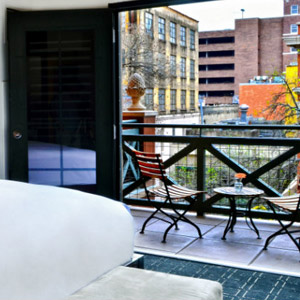 Hotels On The Riverwalk With Balcony Image Balcony And Attic